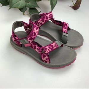 Teva Pink camouflage Universal Sandals size 3